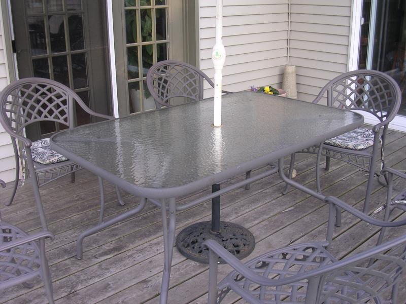 Patio Table Top P A Plastics Fabrication - Replacing Glass Outdoor Table Top